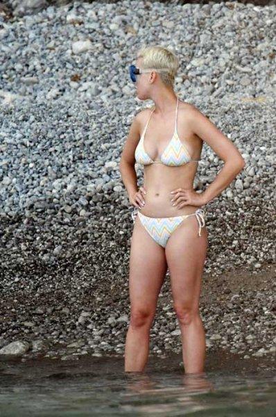 Skinny fat: 10 знаменитых толстых худышек