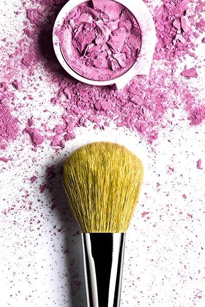 Срок годности: 9 способов, как нельзя хранить косметику
