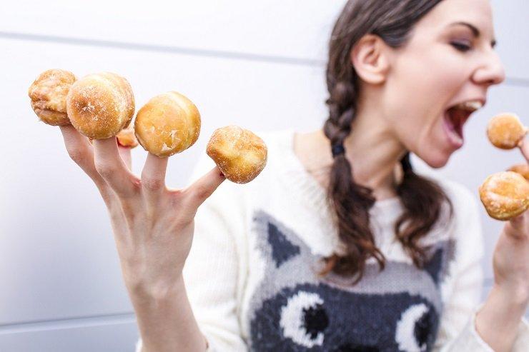 Жирно, еще жирнее! Как понять, что ввашем рационе нехватает жиров?