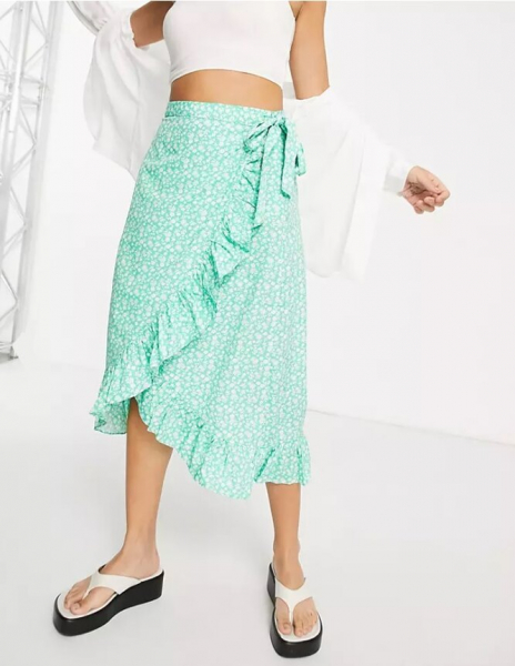 Подчеркнут талию иженственность — 10 модных юбок сзапахом налето-2021