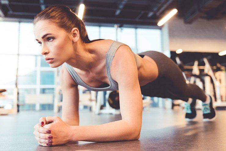 Как и сколько правильно делать упражнение «планка»