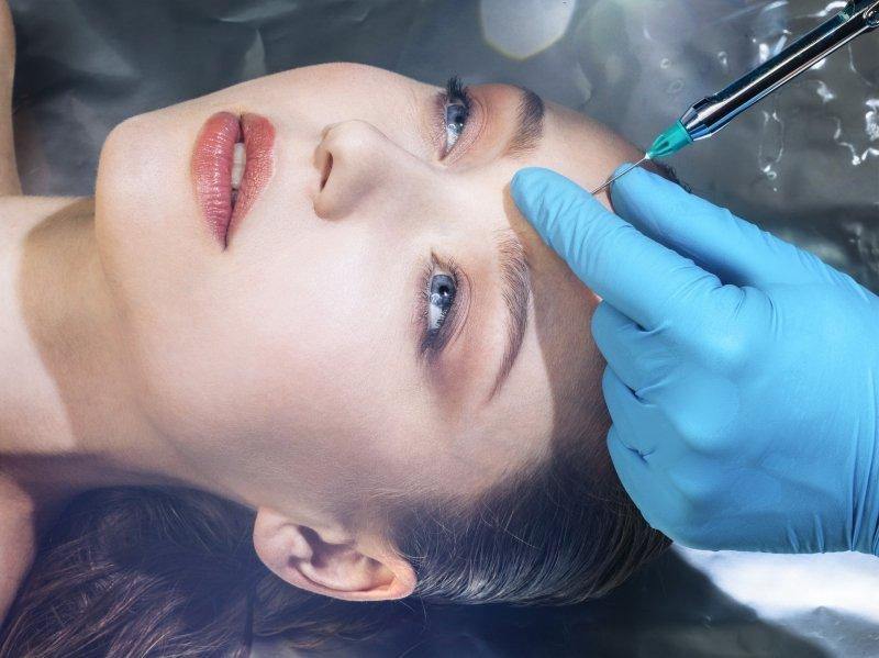 Косметолог назвала 10 процедур, на которые точно не пойдет сама